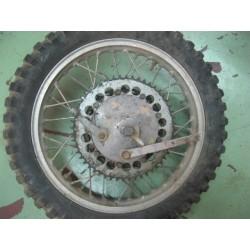 montesa enduro y cappra rueda trasera completa usada