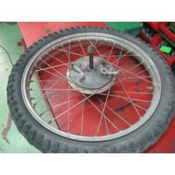 bultaco matador mk9/10 y otras rueda delantera completa usada