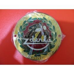 derbi emblema metalico lacado lado derecho , crema