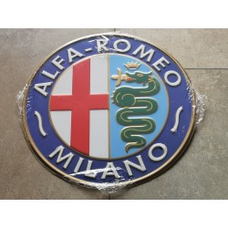 alfa romeo chapa decorativa en relieve 30 cm diametro