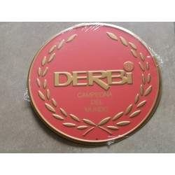 derbi roja chapa decorativa en relieve 30 cm diametro