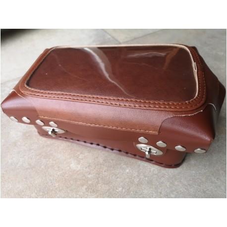 bolsa de deposito en cuero marron