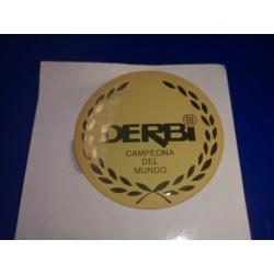 derbi emblema del deposito en relieve crema y oro