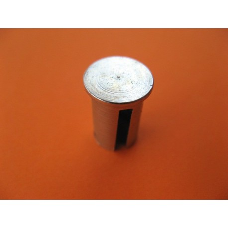 casquillo sujeta cable en la maneta de guzzi 49,65,73,98,110