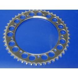 montesa cappra 250 VG  y 414 VG corona de acero de 48 dientes