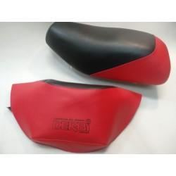 derbi variant sport R funda de asiento en rojo y negro